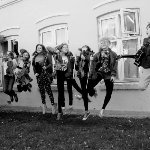 """Andrea Beaton & Troy Macgillivray Feat. Fanø Fiddlers & """"Friends"""""""
