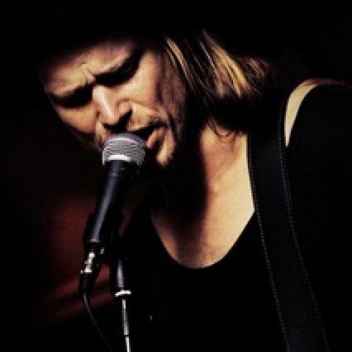 Rasmus Madsen & The Echo Tapes på Realen