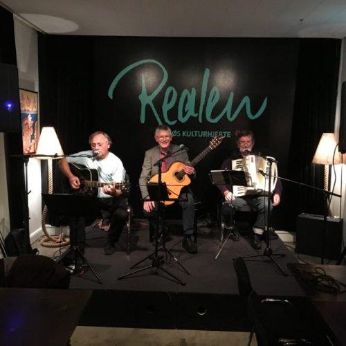 Fællessang – Ole, Elmer og Anders – AFLYST